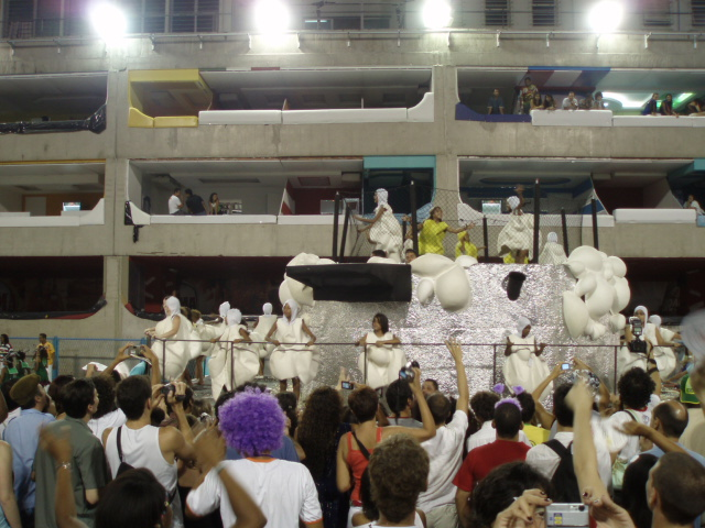 Pipoca. carro alegórico. Carnaval 2007